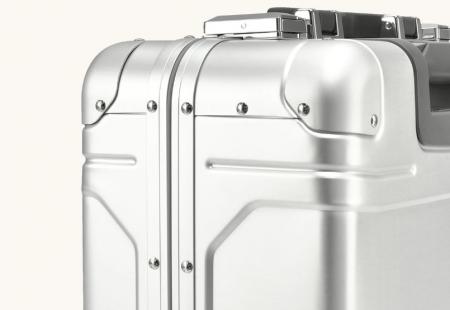 ビジネスマンにおすすめのスーツケース