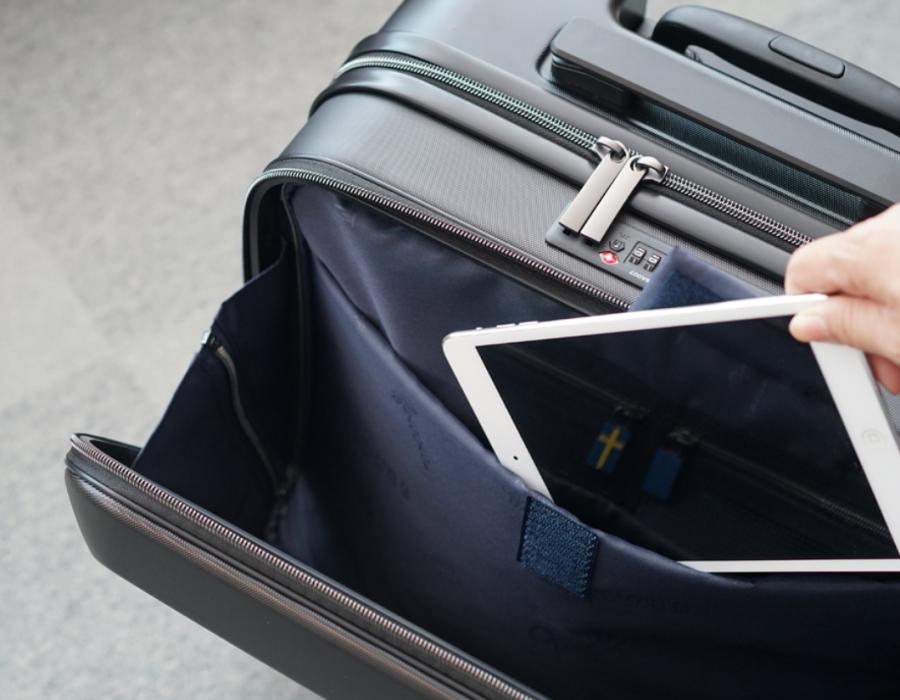 機内持ち込み可能ビジネススーツケース